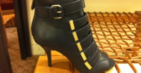 Givenchy bootie BDG