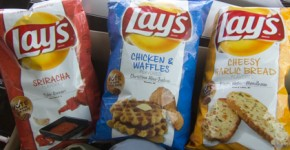 Lays Sriracha - Chicken and Waffles - Cheesy Garlic Bread