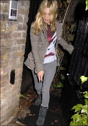 Kate Moss in 06a Tweed Oct 06