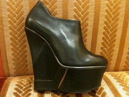 Lanvin platform wedges with 6