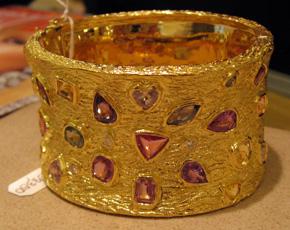 Rosalina's yellow gold cuff