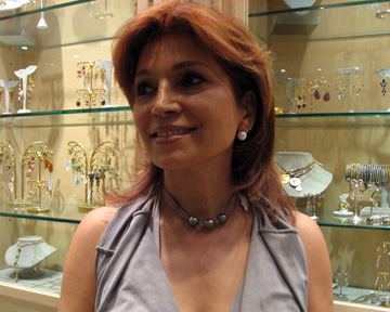 Tabandeh wears jewelry by Samira