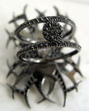 exquisite attention to detail -- VBH tatoo ring back view